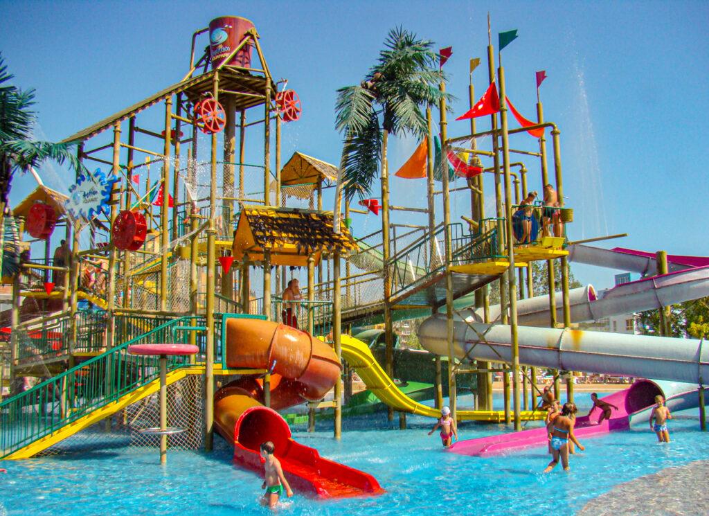 Basen Aquapark Action w Słonecznym Brzegu