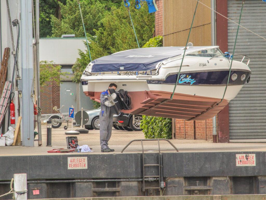 Port Niendorf Timmendorfer Strand - naprawa silników łodzi