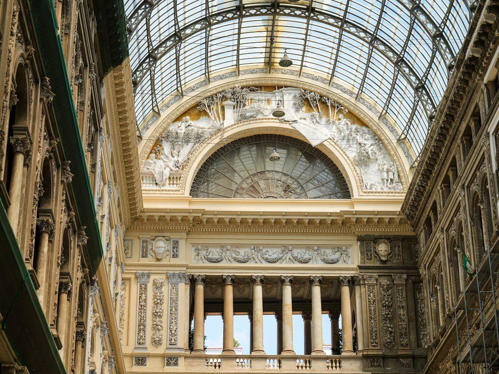 Neapol Galeria
